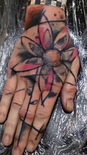 Татуировки На Кистях Рук В Стиле Арт Брют.
